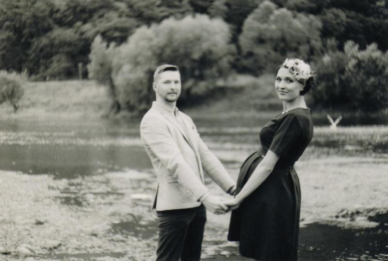 fotograf - těhotenské fotky - na film Baruš září 2018  (7)